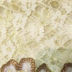 Chemin de table dentelle dorée