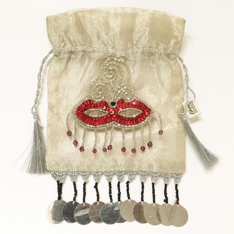Magi pouch mask dangle