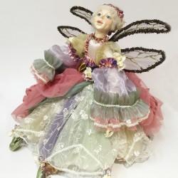 Sitting dera whispering fairy
